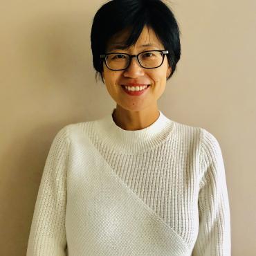 Elizabeth-Zhang-Profile-2.png